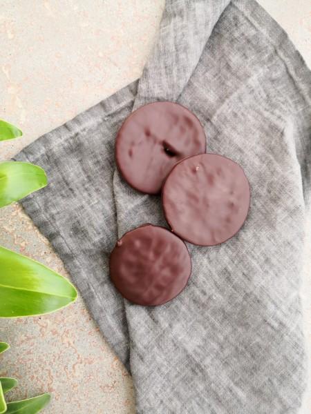 Kandierte Orangenscheiben in dunkler Schokolade